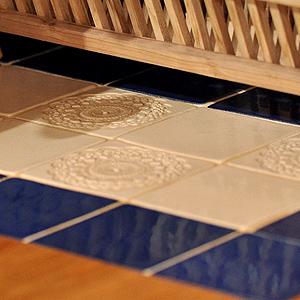 Ręcznie robione kafle na piec kuchenny